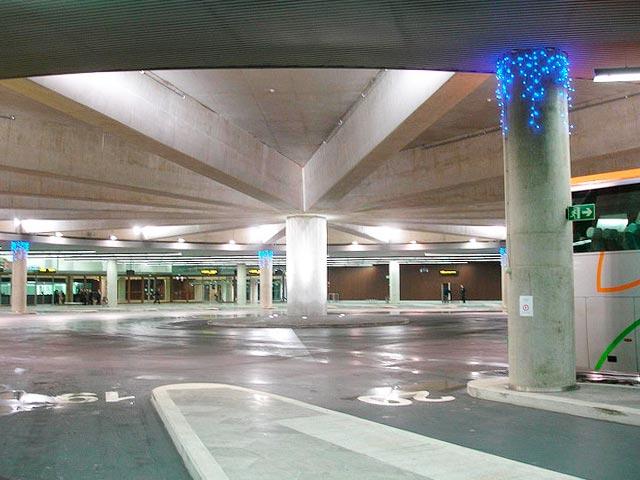 terminales de autobuses modernas estacion de pamplona