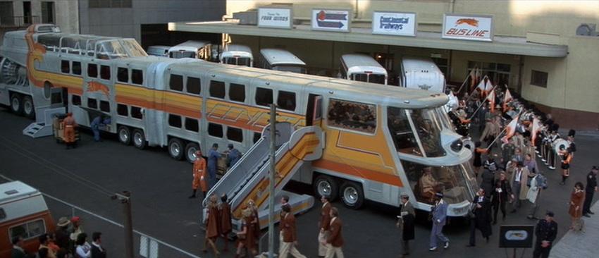 """imagen del """"autobús atómico"""", del post sobre etrambus los 5 autobuses mas curiosos del mundo"""