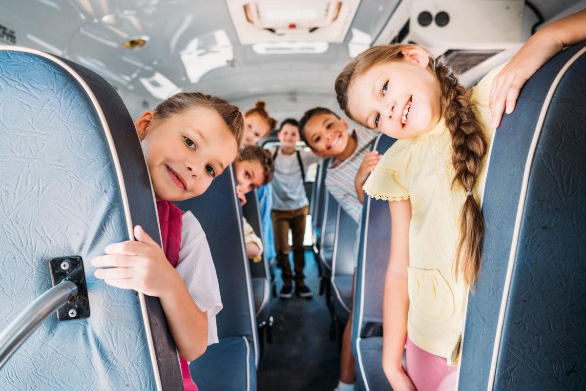 cómo funciona el transporte escolar